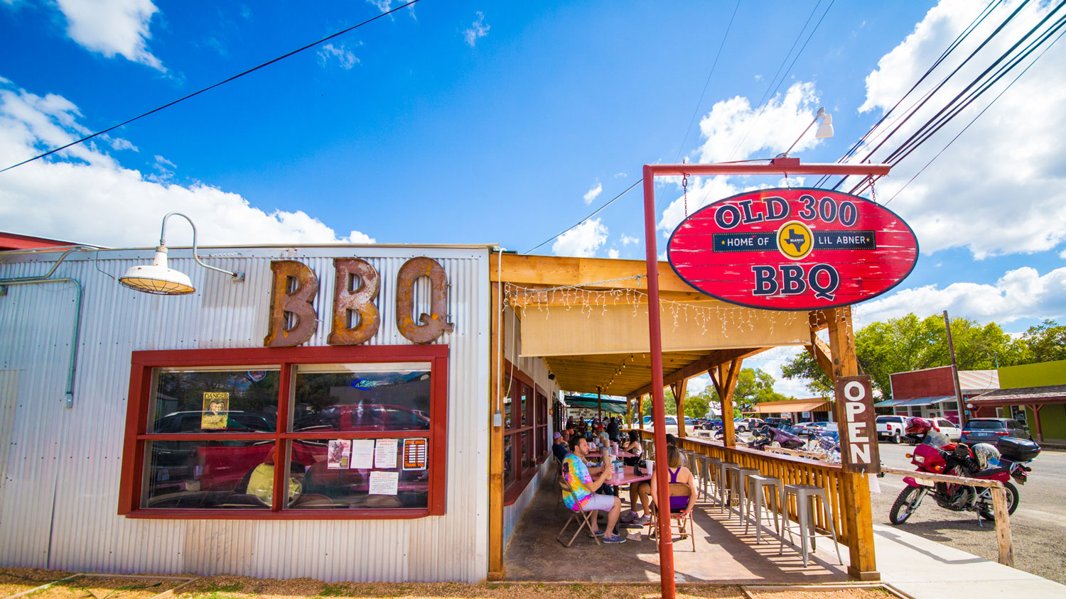 An exterior view of Old 300 BBQ