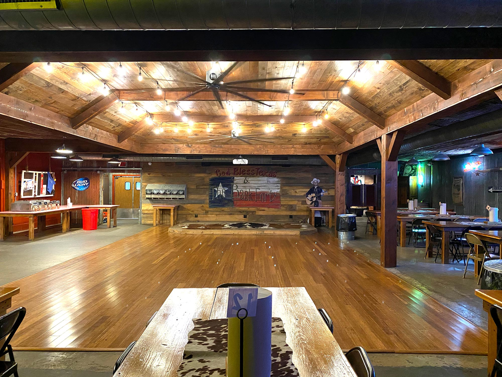 A panoramic view of the Back 40 Dance Hall at Old 300 BBQ